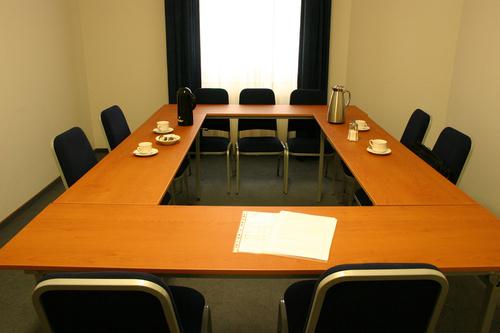 Hitta ett bättre mötesrum för att förbättra kommunikationen inom ditt team